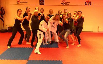 Taekwondo als vrijgezellen activiteit bij KTA